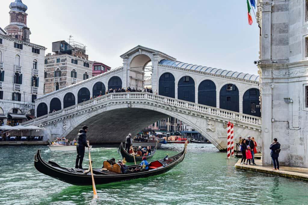 rialto broen seværdighed venedig
