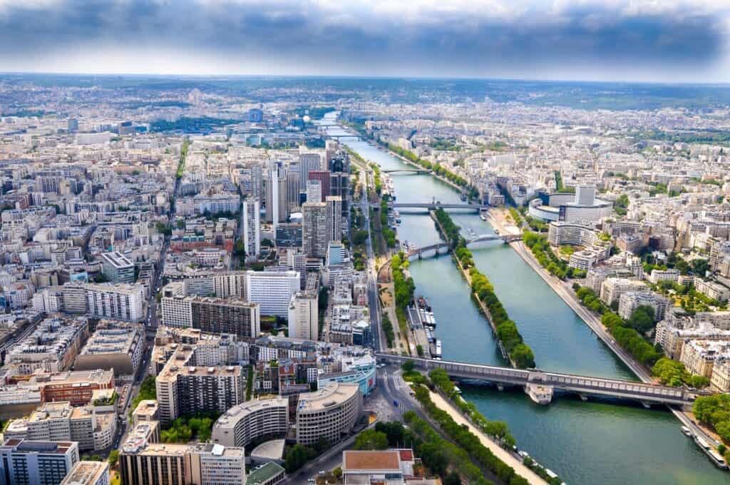 Eiffeltårnet i paris udsigt